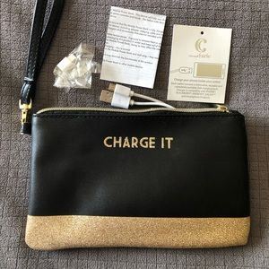 Charming Charlie Charging Clutch